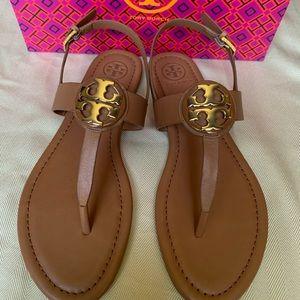Tory Burch Bryce sandal size 7 BNWT